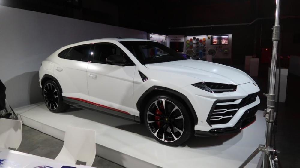 Lamborghini ra mắt phiên bản đặc biệt của Aventador SVJ Roadster dành riêng cho Nhật Bản