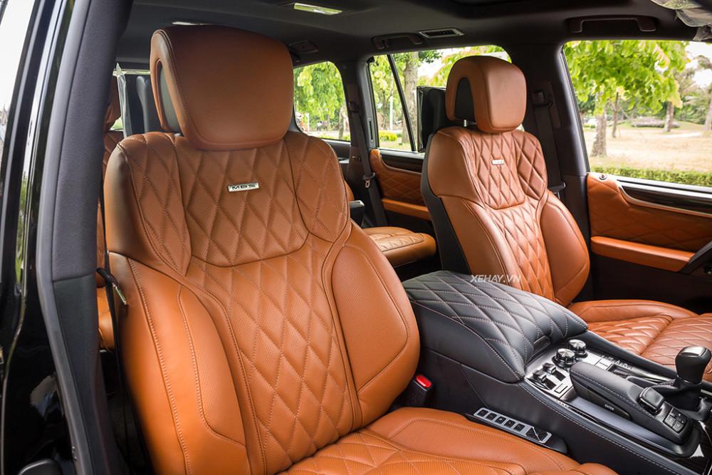 ĐÁNH GIÁ XE] BMW X7 vs Lexus LX 570 - Thách thức ngôi vua