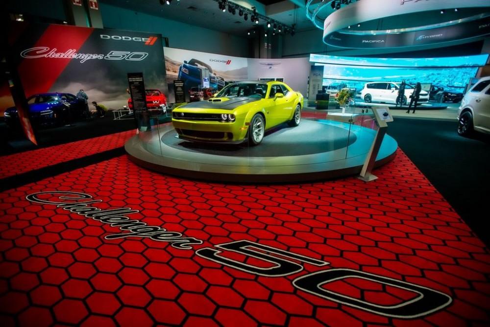 Dodge tung phiên bản đặc biệt, kỉ niệm 50 năm của Challenger
