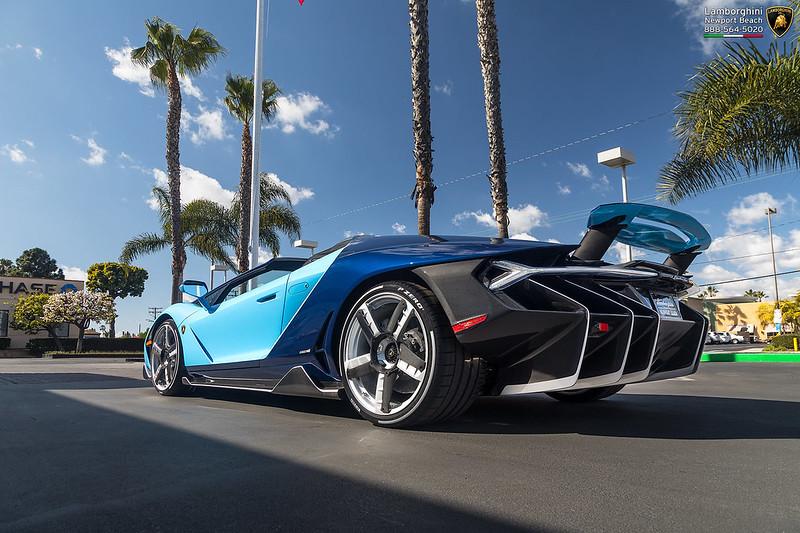 Lamborghini Centenario xuất hiện ấn tượng với ngoại thất lấy cảm hứng từ Bugatti Chiron