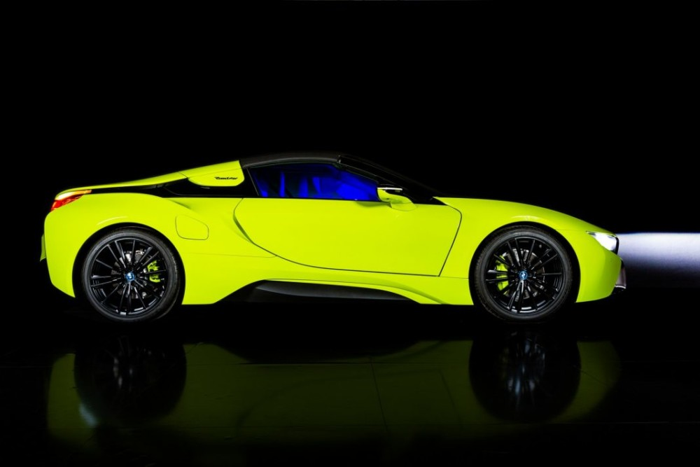 Bmw I8 Roadster Limelight Edition 1 1068x712