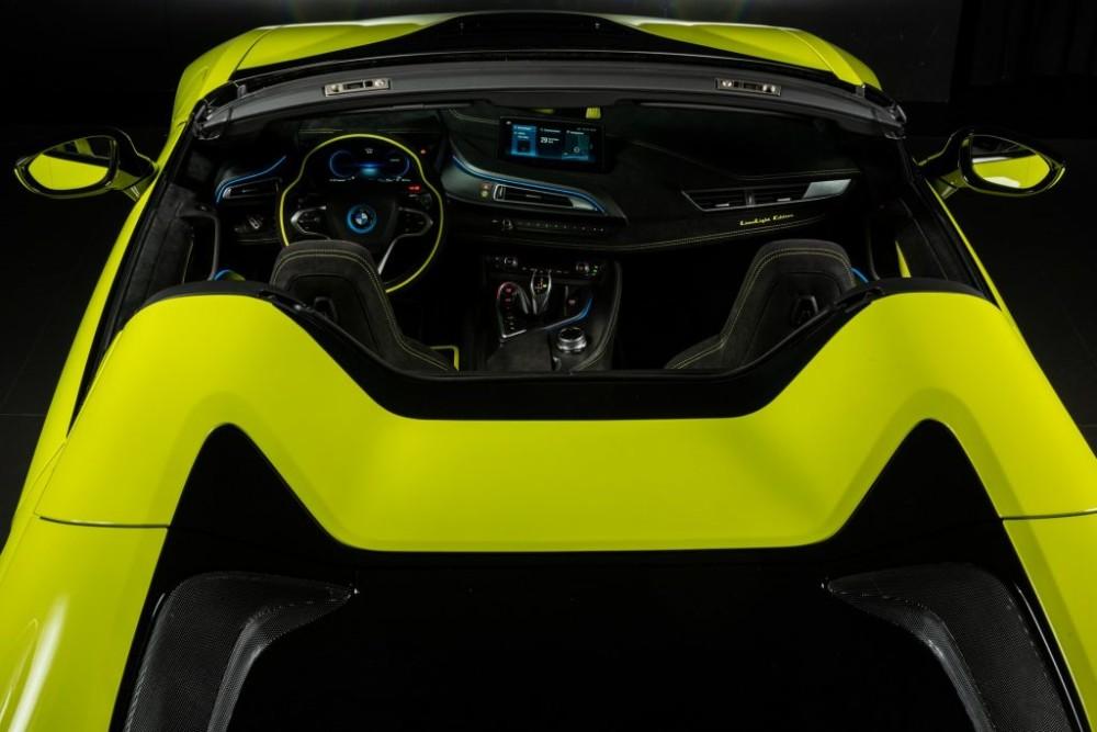BMW và Alcantara hợp tác ra mắt phiên bản i8 Roadster đặc biệt
