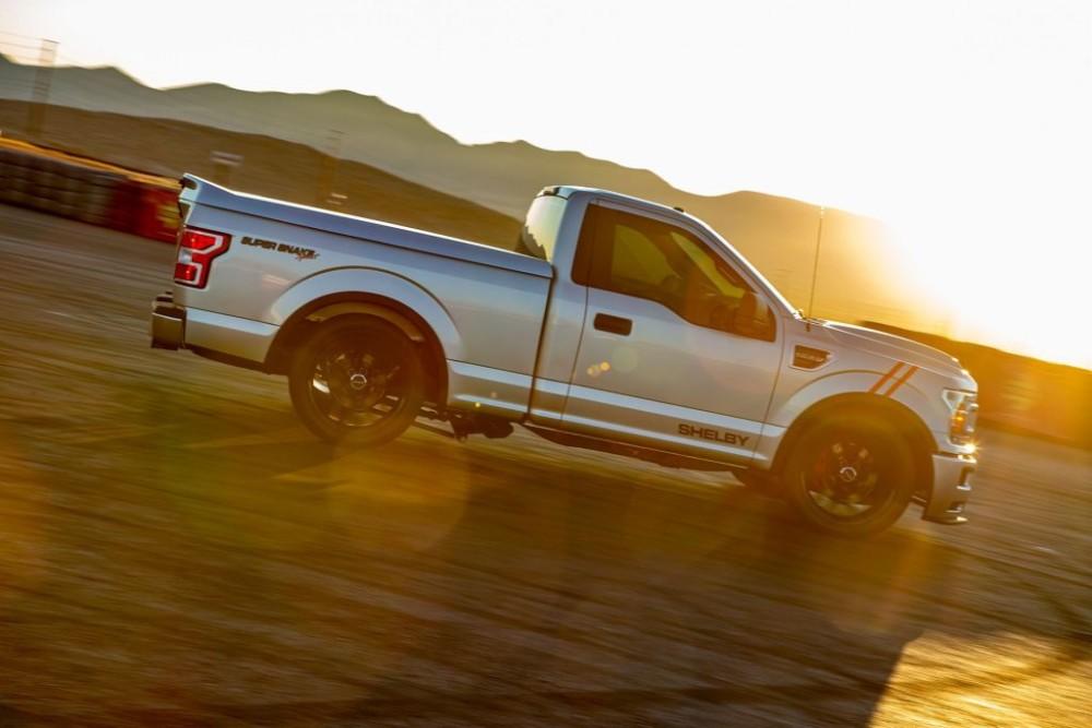 Shelby F-150 Super Snake Sport Concept sẽ được bán ra bắt đầu từ năm sau