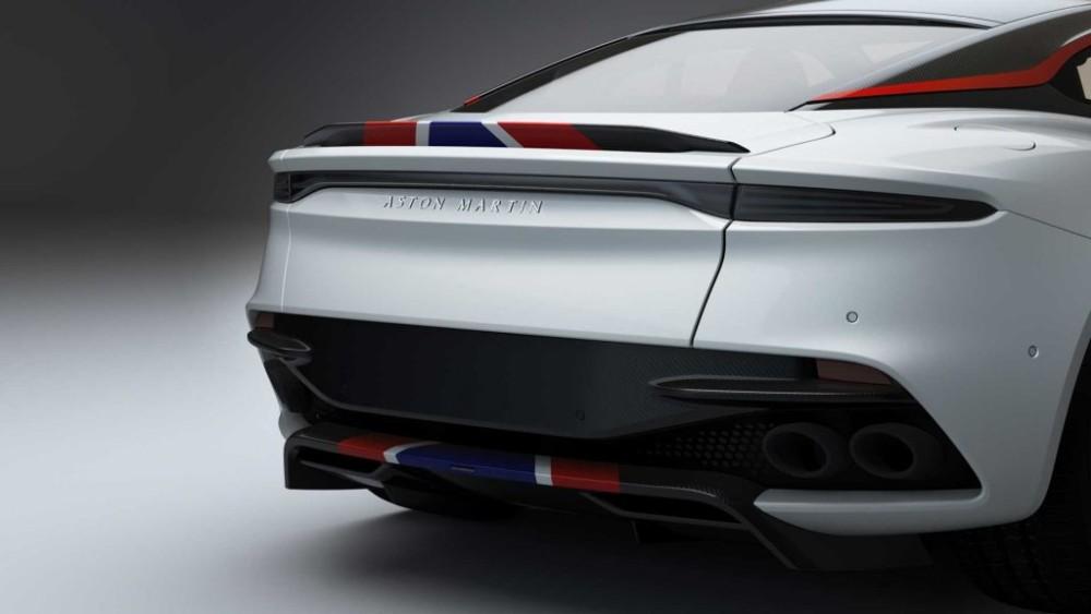Aston Martin kỷ niệm sinh nhật thứ 50 của siêu máy bay Concorde