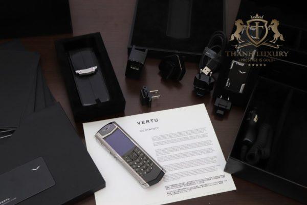 Vertu Signature S Clous De Paris Full Box Like New 99