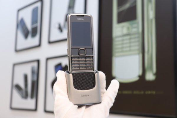 Nokia 8800e Carbon Arte Full Box Like New 2