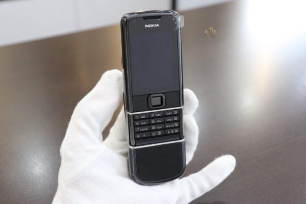 Nokia 8800e Saphire Black New 100 Chua Qua Su Dung