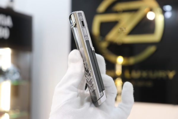 Vertu Signature S Pure Silver Ogirinal New 99 3