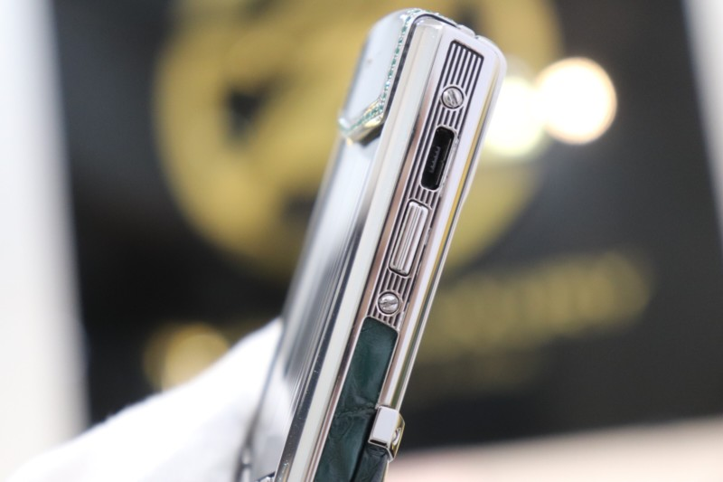 Vertu Signature S Pure Silver Zin Dragon 7