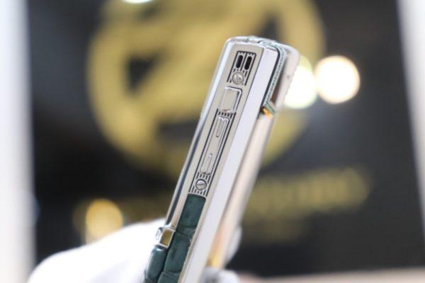 Vertu Signature S Pure Silver Zin Dragon 8