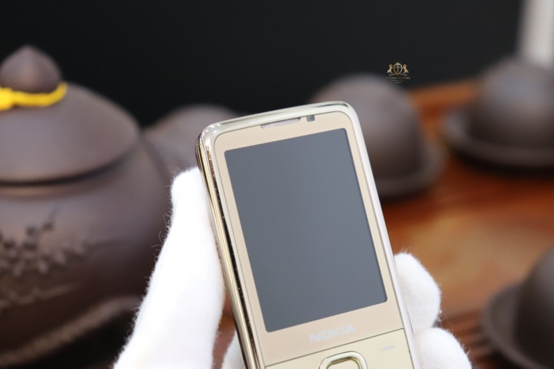 Nokia 6700 Gold Hang Russia New 98 9