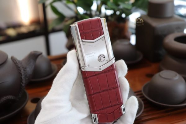 Vertu Signature S Pure Silver Red 2