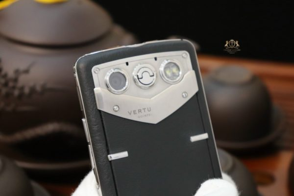 Vertu Constellation Quest Steel Black Original 100 New 99 7