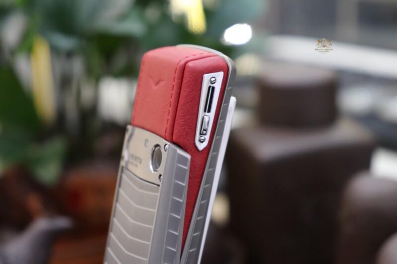 Vertu Ascent X Titanium Red Like New 10