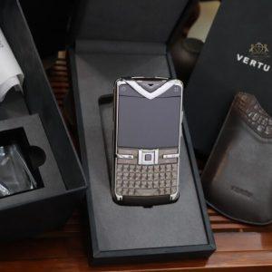 Vertu Constellation Quest Brown Original Full Box 100 New 99 3