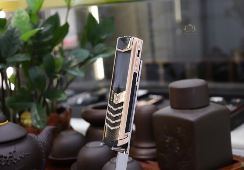 Vertu Signature S Designer Rose Gold Mix Diamonds 3