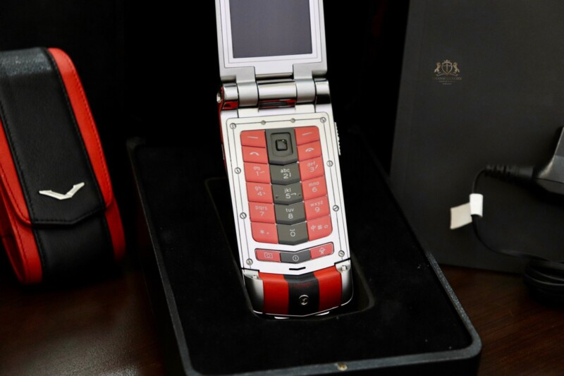 Vertu Constellation Ayxta Turismo Red Black Full Box New 99 8