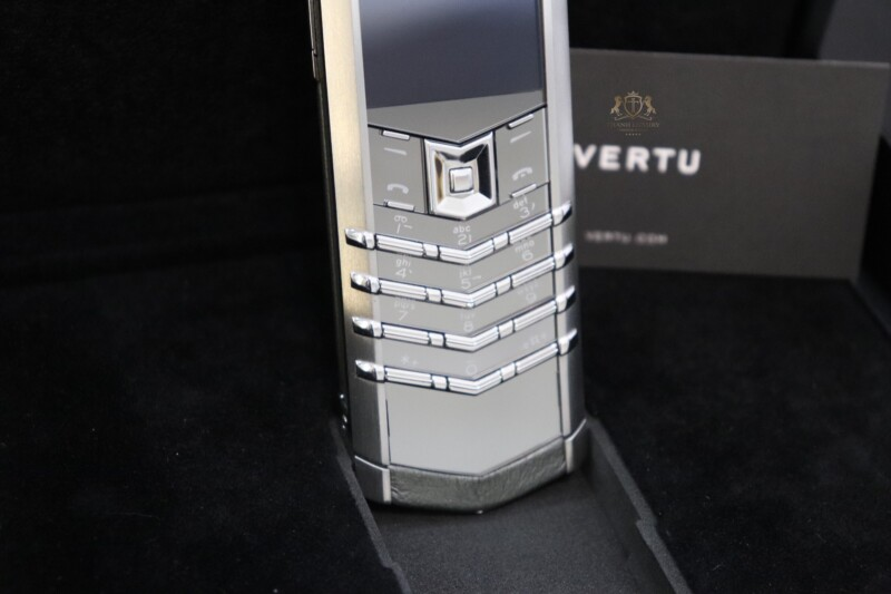 Vertu Signature S Pure Silver Full Box Like New 4