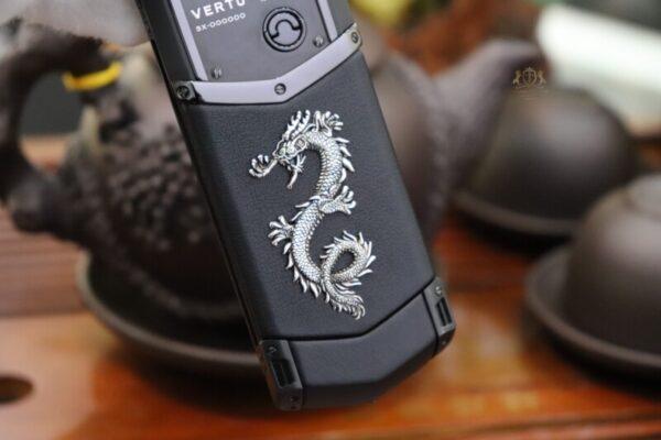 Vertu Signature S Pure Black Dragon Limited 136 150 4