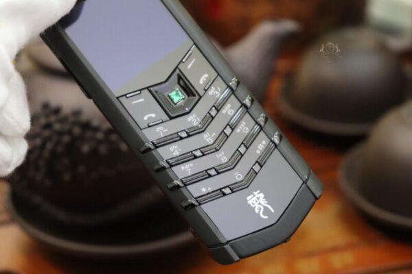 Vertu Signature S Pure Black Dragon Limited 136 150 9